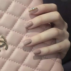 Other - 🔥Press On Nail Kit🔥